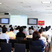 WordPress.comを運営するAUTOMATIC社の直子さんのセッションに始まり